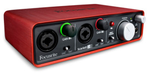 Interfaz de audio Focusrite Scartett 2i2.